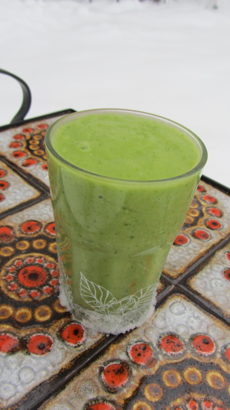 Breakfast - RAW, smoooth, delicious:)