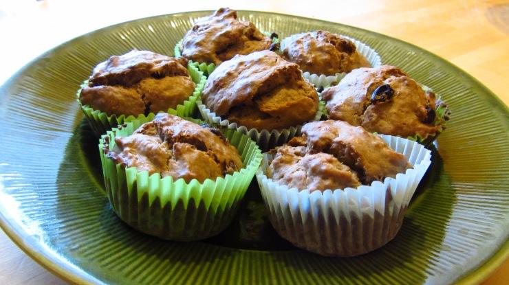 Banana-cocoa vegan muffins.